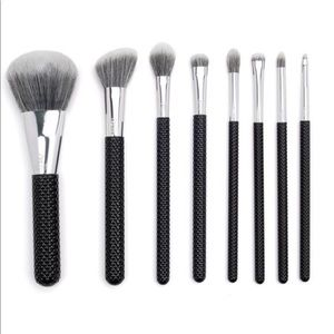 Moda 8 Piece Make-up Brush Set W/Quilted Handles